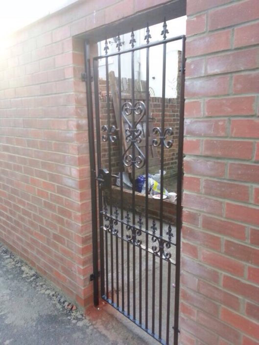 Wrought-Iron-Side-Gate-Newcastle-Upon-Tyne