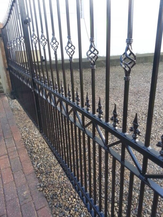 Gates and Railings Direct Powder Coating